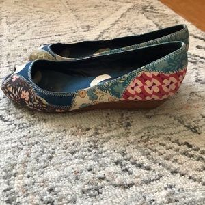 Marc by Marc Jacobs 1inch multi colored wedge